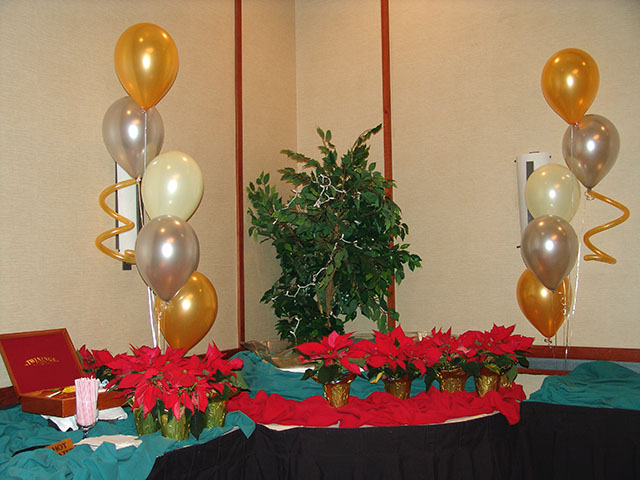 christmas party balloons in denver
