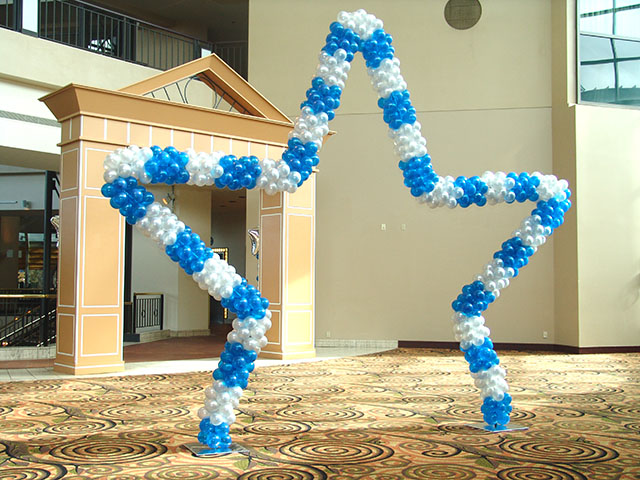 walk through balloon star arch