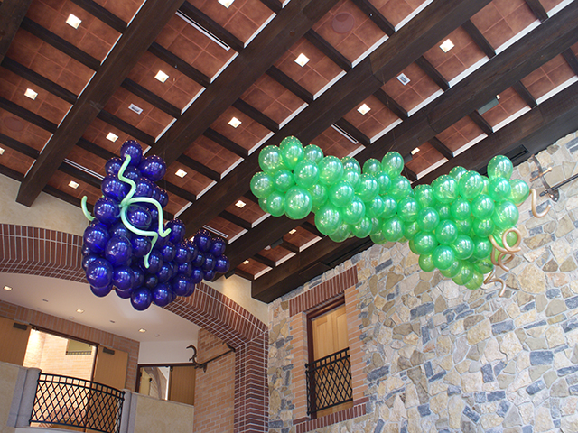 Balloon Hanging Balloon Grapes Sculptures