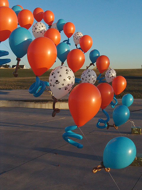 doggie balloon arch denver