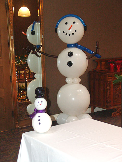 Large balloon snowman sculpture colorado