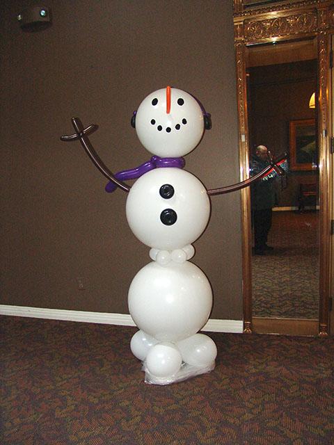 Large balloon snowman sculpture denver