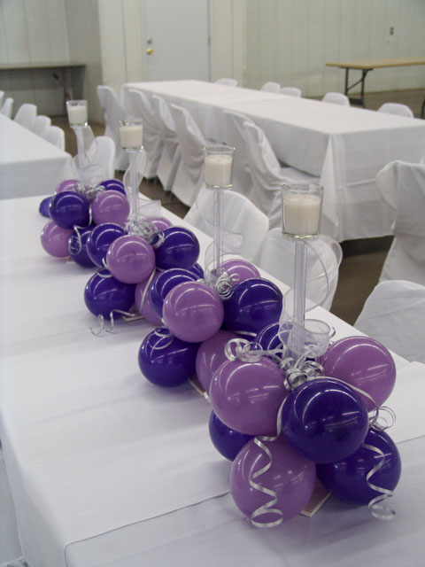 beautiful wedding balloon centerpieces